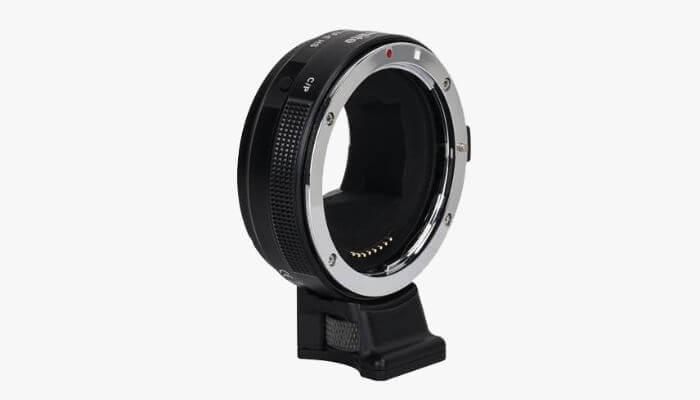 Commlite lens adapter.