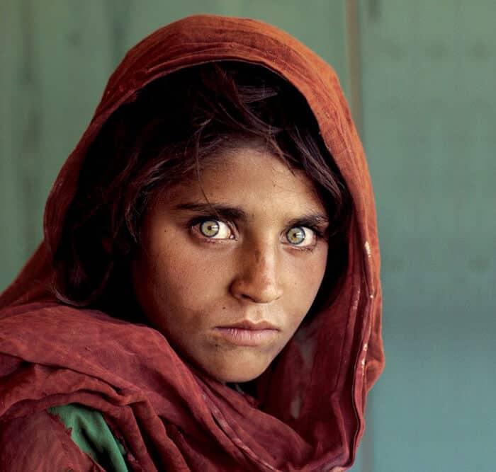 Afghan Girl. Portrait by Steve McCurry.