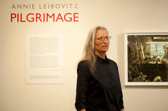 Annie Leibovitz giving a talk.