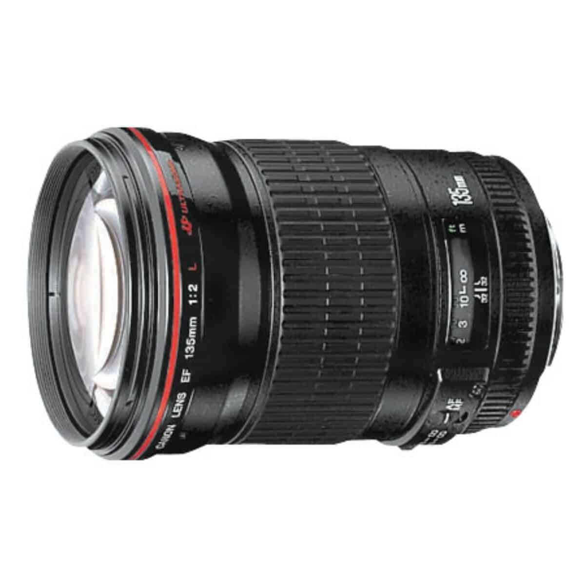 Side view of the Canon 135mm f/2 telephoto lens.