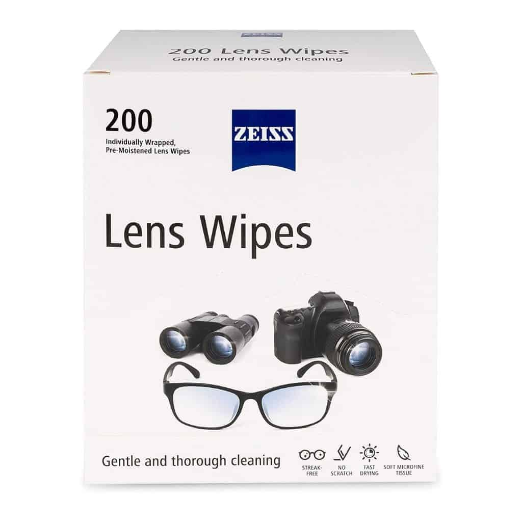 Box of Zeiss lens wipes.