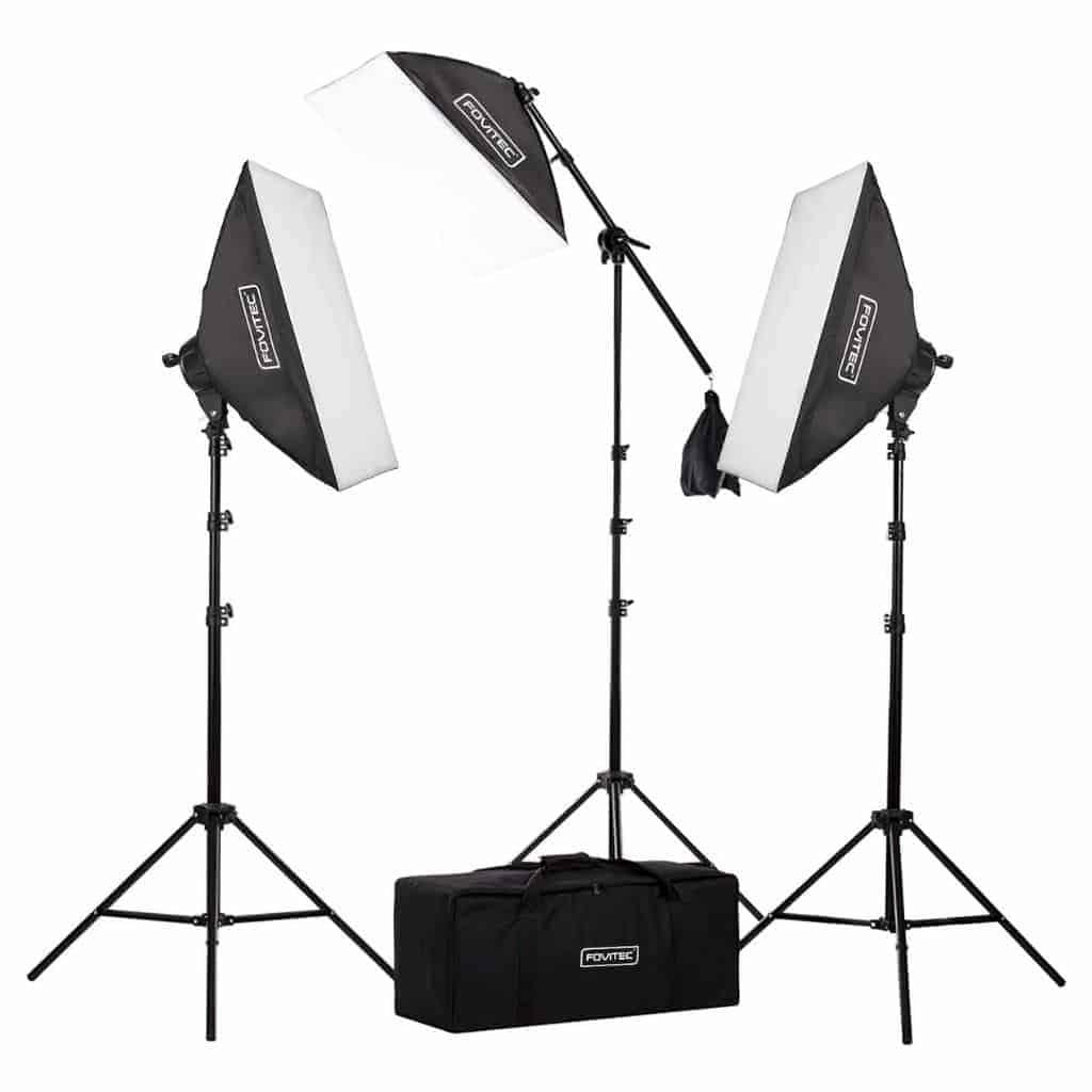 Fovitec light kit and case.